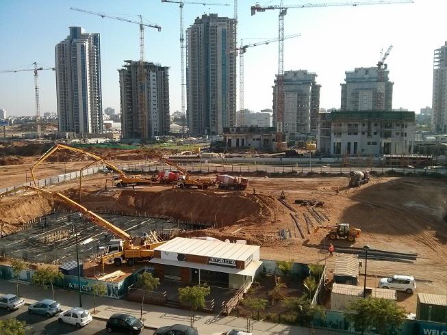 בנייה למגורים - ענף 100
