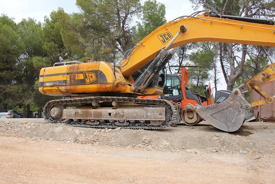 כבישים פיתוח ותשתיות - ענף 200